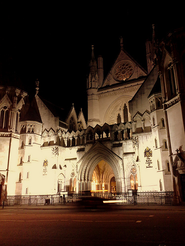 The Royal Courts of Justice lit up at night